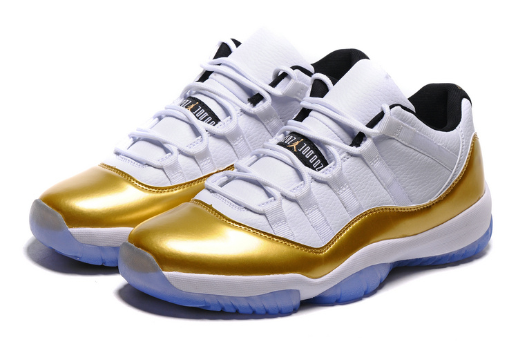 AIR JORDAN XI LOW White/Golden/GUM