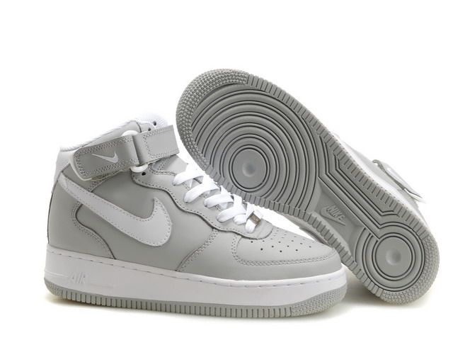 Nike Air Force 1 07 white/gray