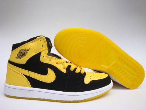 Jordan 1 Shoes black/white/gold
