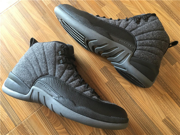 Air Jordan 12 Retro black/gray