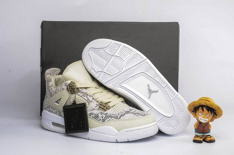 Air Jordan 4 Retro white/Champagne