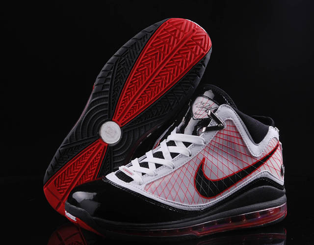 Nike Lebron 7 white/black/red VIII