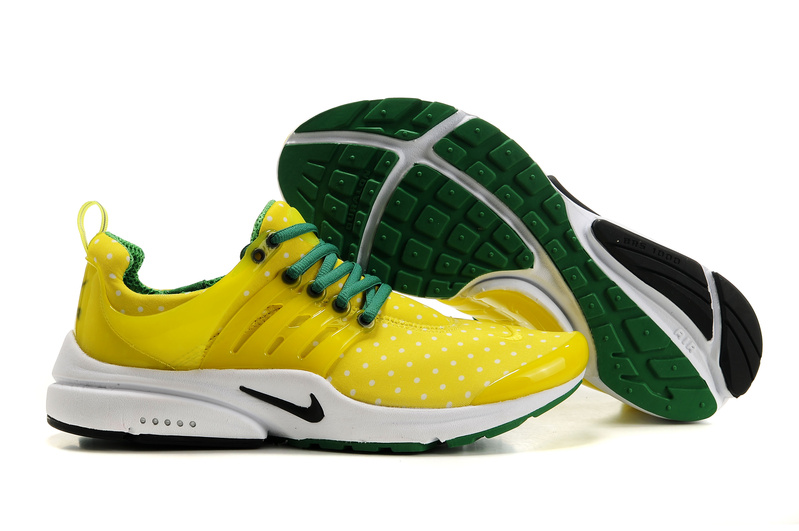 Air Presto Womens Shoes white/darkgreen/yellow