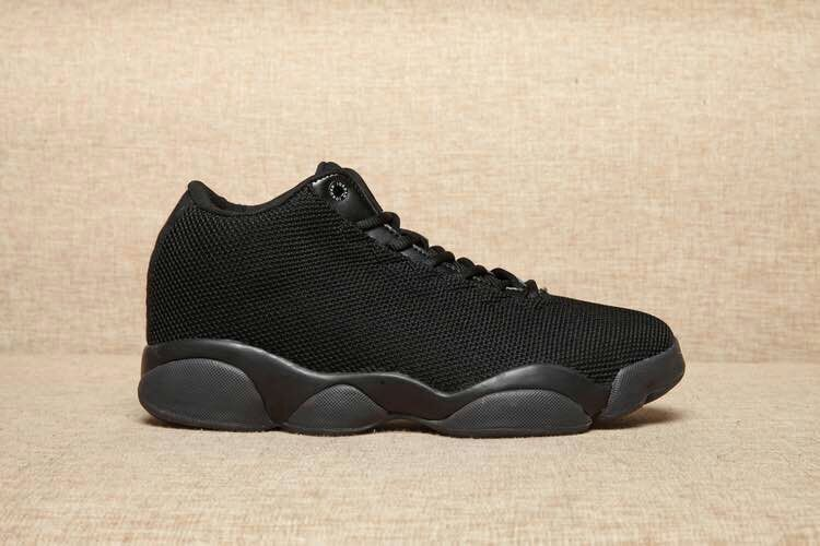 Jordan Horizon Low Black/Black/Black