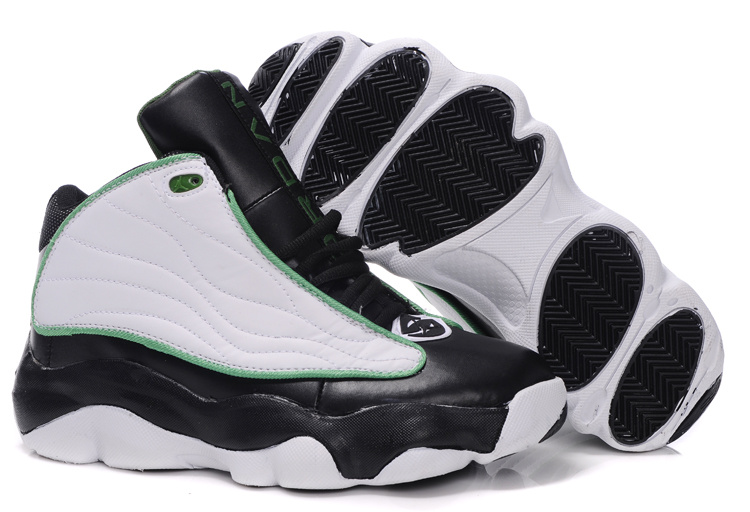 Jordan 13.5 black/white/green