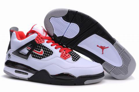 Jordan 4 Shoes black/white/red III