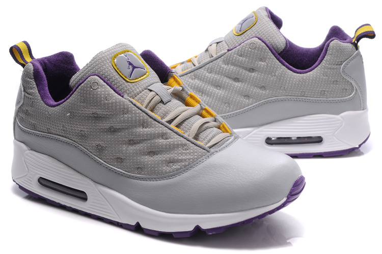 Jordan CMFT Viz Air 13 Max 90 white/gray/blueviolet