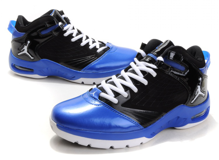 Jordan New School white/black/blue