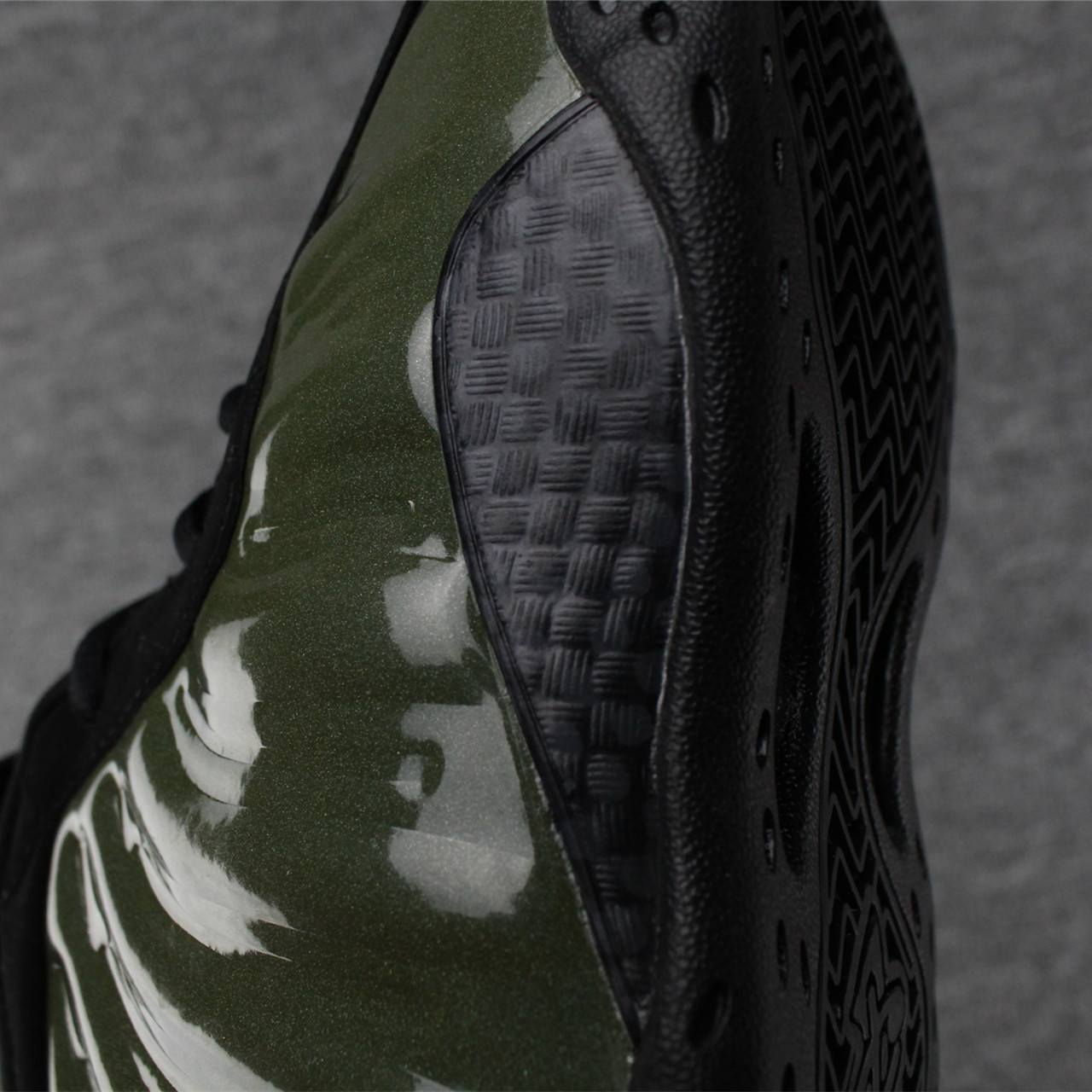 Nike Air Foamposite One Legion Green/Black