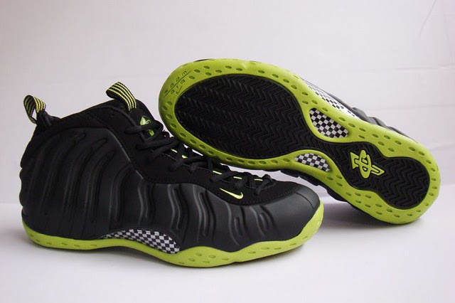 Nike Air Foamposite 1 white/black/yellowgreed