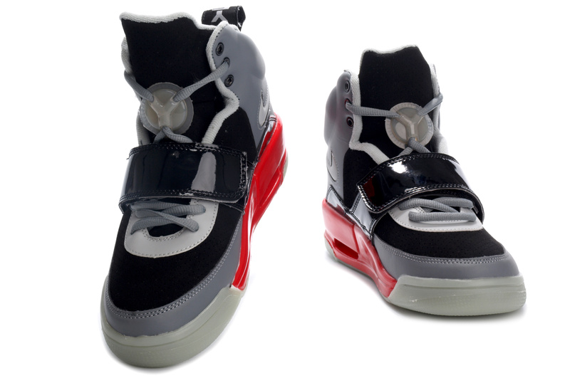 Nike Air Yeezy black/gray/red