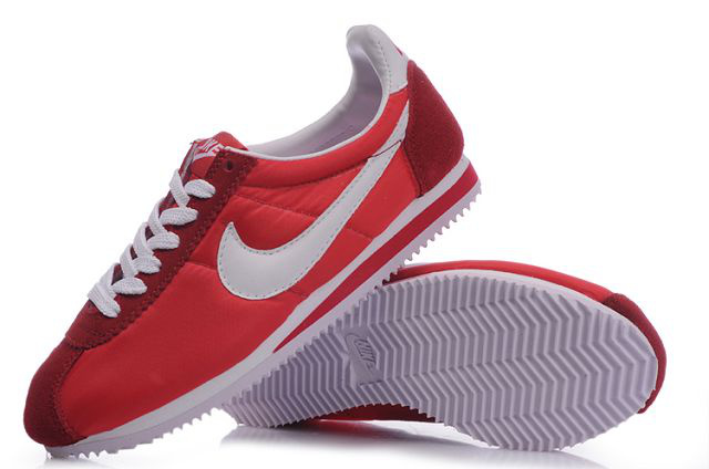 Nike Classic Cortez Shoes white/red