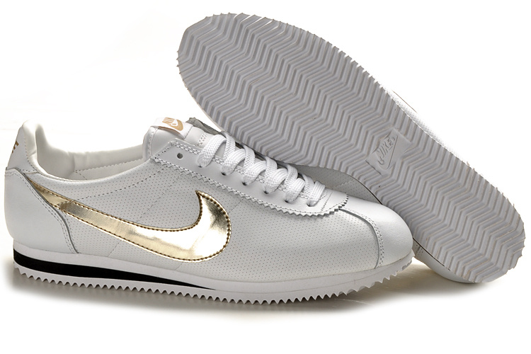 Nike Classic Cortez Shoes black/white/golden