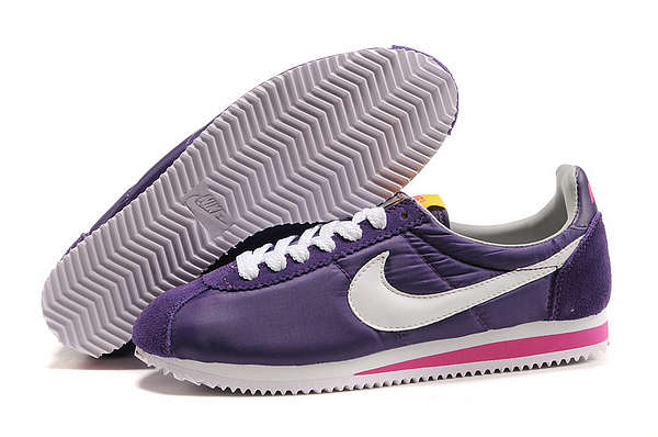 Nike Classic Cortez Shoes blueviolet/deeppink/white