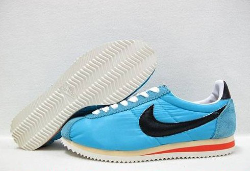 Nike Classic Cortez Shoes black/white/red/deepskyblue