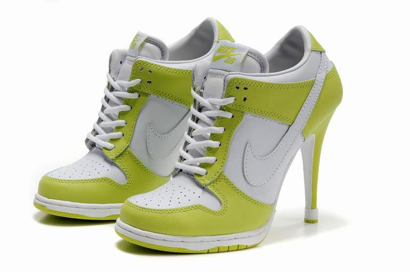 Nike Dunk SB Low Women's Heels white/yellowgreen