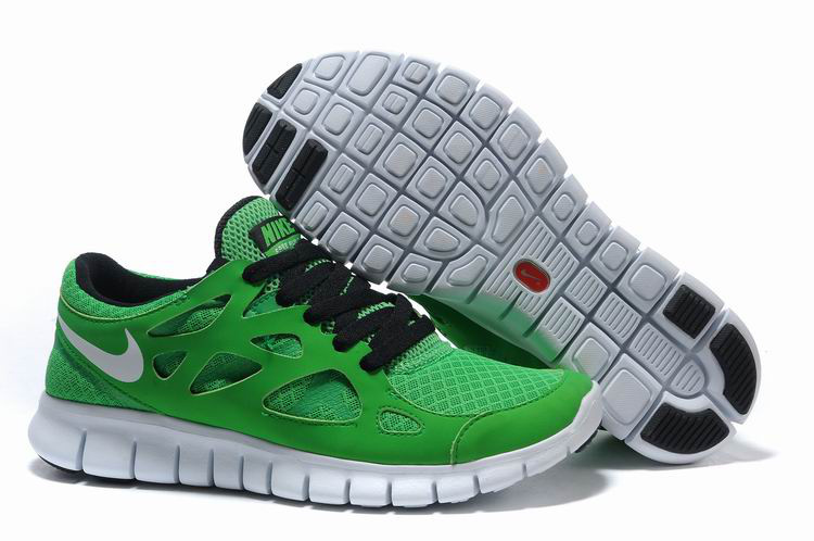 Free Run 2 Shoes white/black/green