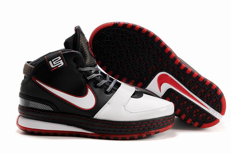 Nike James 6 black/white/red