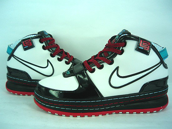 Nike James 6 black/white/red II