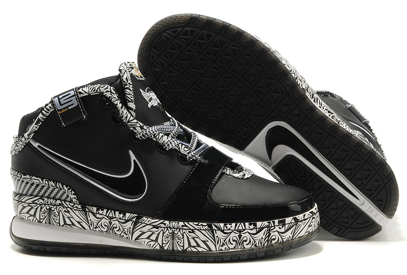 Nike James 6 black/white