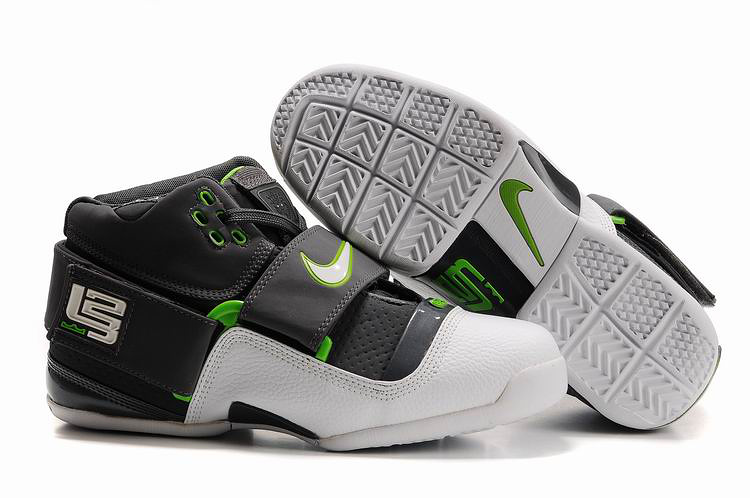 Nike Zoom Lebron 4.5 Shoes white/black/forestgreen