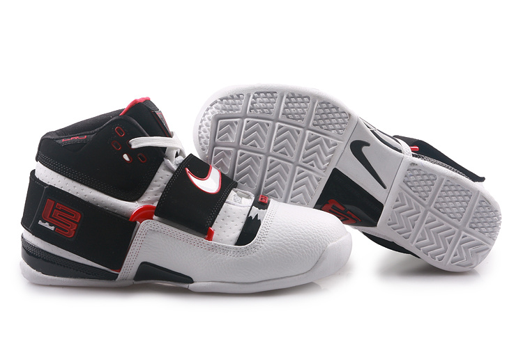 Nike Zoom Lebron 4.5 Shoes white/black/red