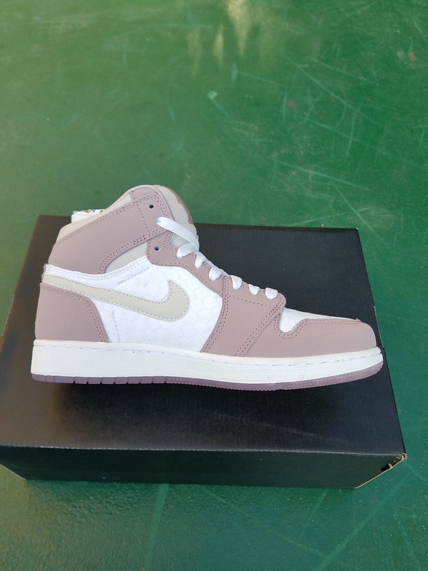 Air Jordan 1 KO High OG Gray/White