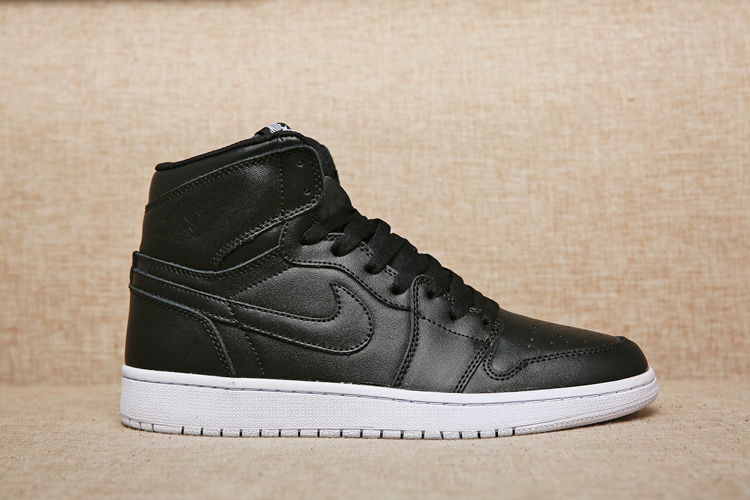 Air Jordan 1 Retro High OG black/black