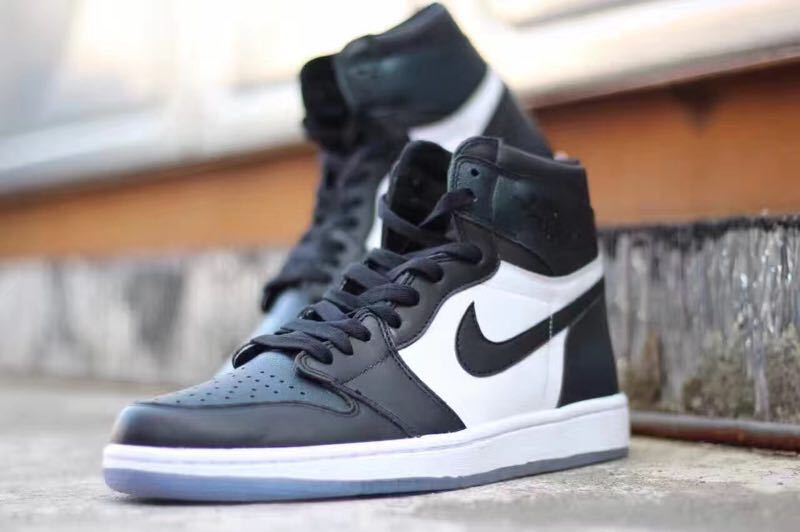 Air Jordan I Retro High Multi-Color/Black/White