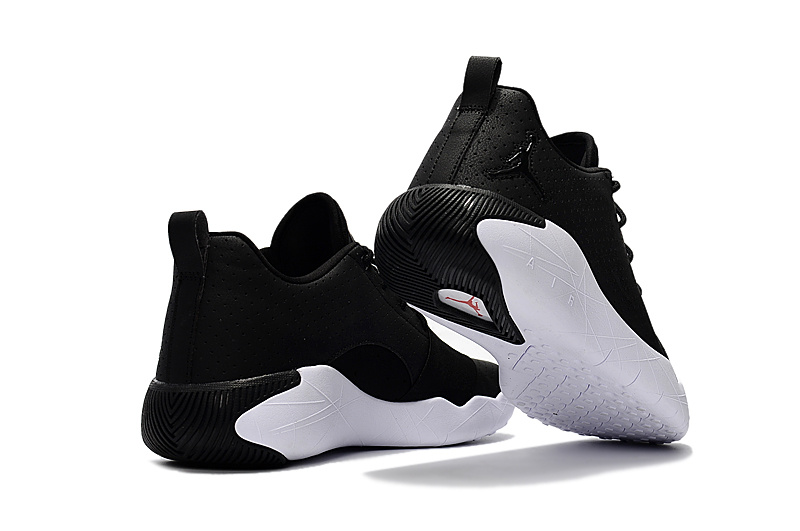 Air Jordan 23 Breakout Black/White
