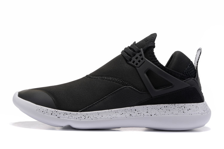 Jordan Fly '89 Black/White