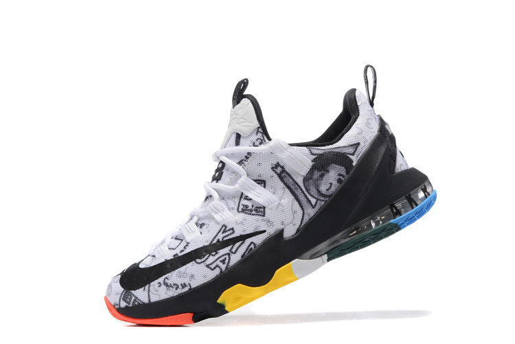 LeBron XIII Low black/white
